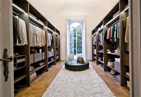 modern walk in closet luxury walk in closet for women home design ideas