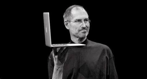 apple zacks apple remembers steve jobs on first anniversary of death