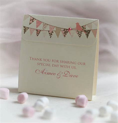 Personalised Wedding Favours by Wedding Favours Decoration