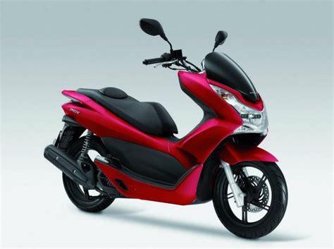 honda pcx  model motor resimleri motorsiklet