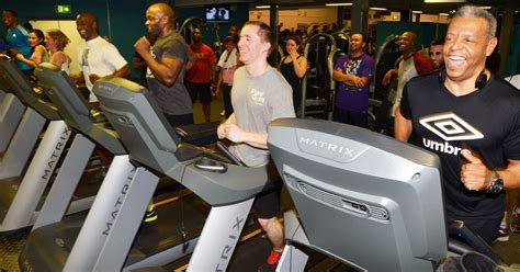 pure gym closes  power cut  blackout  reading
