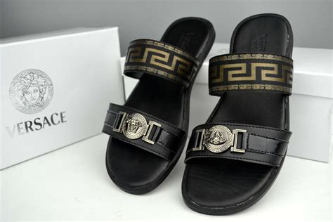 versace slippers versace slippers for 483222 41 80 wholesale replica