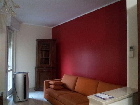 parete rossa soggiorno parete colore scelgo la scelta effettuata ispirazioni