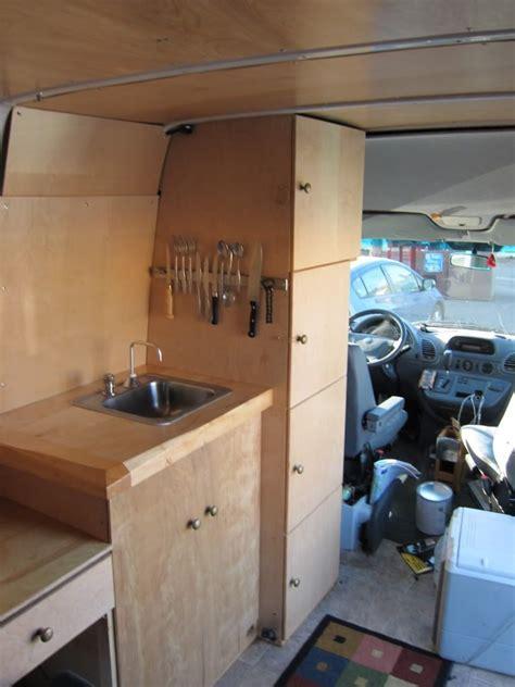 Sprinter Conversion Kitchen by Sprinter колесах Diy Sprinter колесах галерея