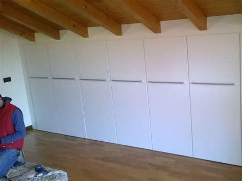 armadi angolari su misura armadi e cabina armadio su misura realizzazione e vendita