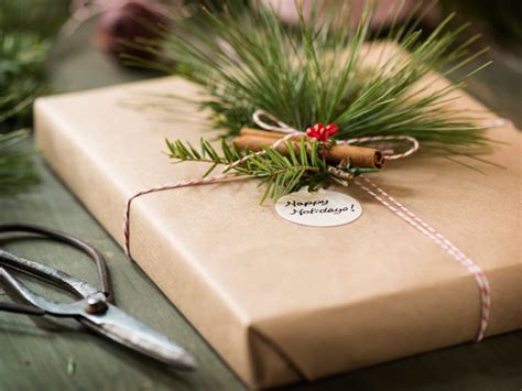 recycled gift wrap ideas a homemade living eco friendly holiday gift wrap gift wrapping ideas