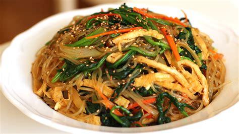 Minyak Wijen Korea japchae korean stir fried sweet potato noodles recipe