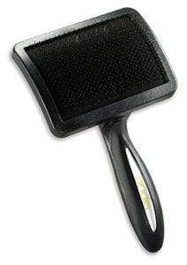 best grooming brush for golden retriever best brush for golden retriever in n treats