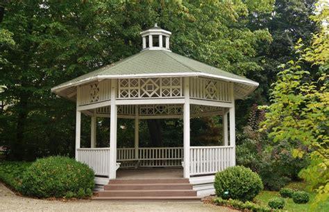 octagonal houses and their opposite 30 outdoor garden gazebos kiosks pergolas pavilions