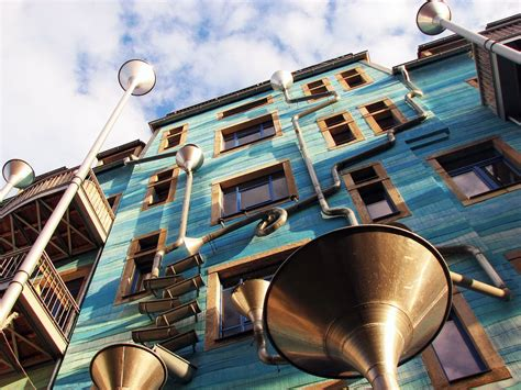 alaunstraße dresden kunsthofpassage funnel wall places