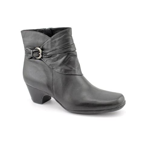 shop clarks artisan womens leyden crest leather boots