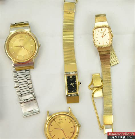 lot of 18 mens vintage retro quartz wrist watches