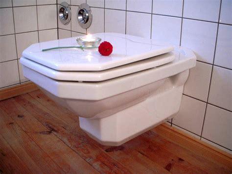 Toilette Vinaigre Blanc by D 233 Tartrer Les Wc Sans Effort Guide Astuces