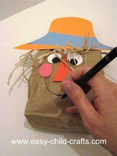 Scarecrow Paper Bag Craft - 48 awesome fall crafts for