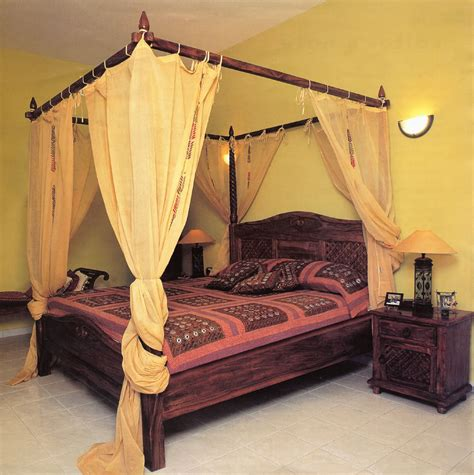 Antique Furniture And Canopy Bed Canopy Bed Netting Canopy Beds