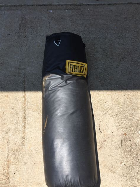 letgo black leather everlast heavy bag in taylors sc