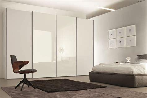 armadio da letto moderni armadio a porte scorrevoli per camere da letto moderne