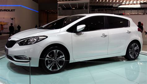 Xe Kia Forte 2013 Kia Forte Hatchback Is Called The K3 In Korea Image