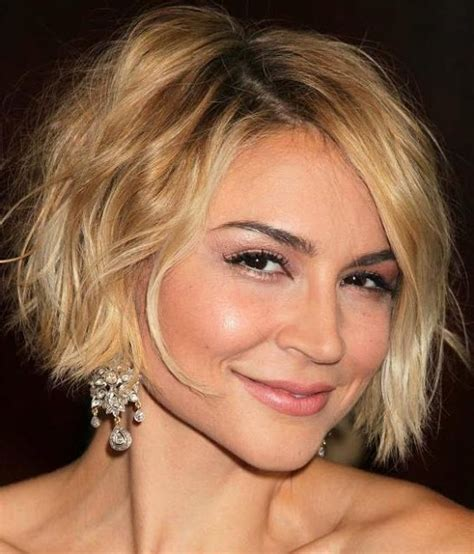 chin length blonde haircuts 17 best images about hair on pinterest messy bob