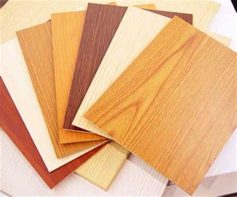 Pelapis Kayu plywood