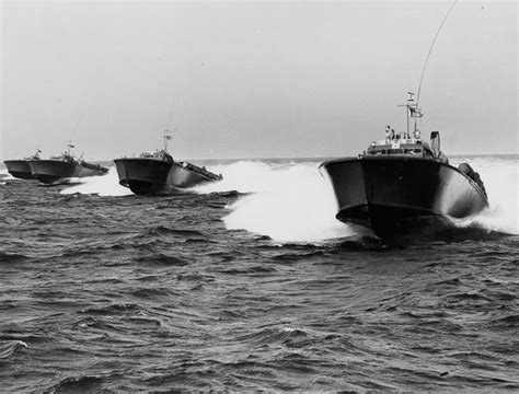 fast patrol boats ww2 pt boats mystery elco pt boats boats and water craft