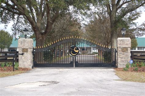 estate swing gates and entrances double r manufacturing