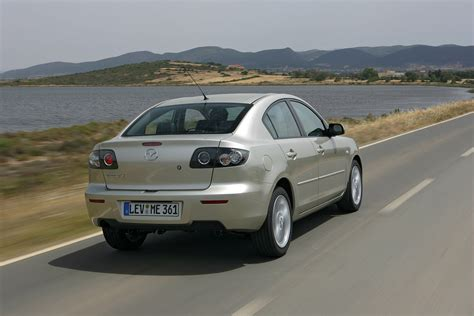 mazda 3 2008 accessories mazda 3 saloon 2004 2008 features equipment and