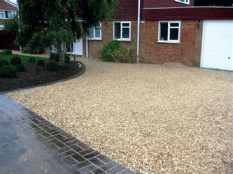Driveway Gravel Suppliers 1000 Ideas About Gravel Driveway On Driveways