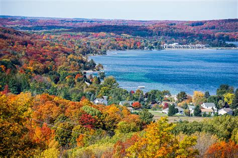 of michigan colors lake charlevoix fall colors michigan in pictures