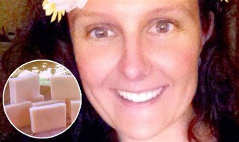 woman    breast milk  cure  eczema life