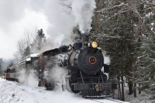 the polar express is real we found 5 train rides your family has to take this holiday season