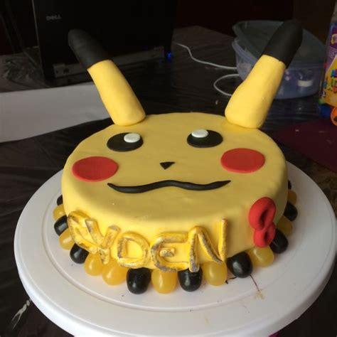 gateau pikachu pour les 8 ans de mon fils recette de