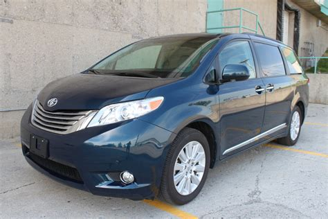 toyota awd 2011 toyota sienna awd related infomation specifications