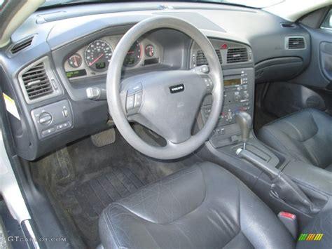 Volvo S60 Interior Colors by 2002 Volvo S60 2 4 Interior Color Photos Gtcarlot