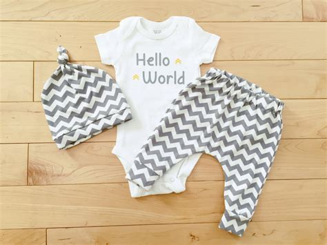 gender neutral clothes gender neutral baby coming home unisex baby clothes