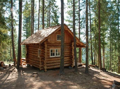 Small Log Homes Small Log Cabins With Lofts Small Log Cabin Floor Plans