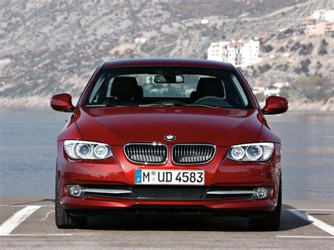 Bmw 3er Coupe E92 by Bmw 3er Coupe E92 325i 218 Hp Automatic