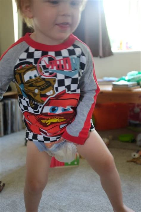 children hussyfan huggies diapers day and night huggies tried and tested huggies pull ups and 6 steps to potty