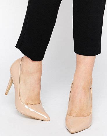 Manolo Blahnik Glossy Heels Rc1518 66 17 best images about pumps on patent leather valentino rockstud and track
