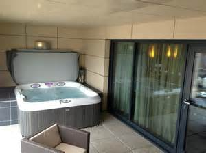 tub picture of casa hotel chesterfield