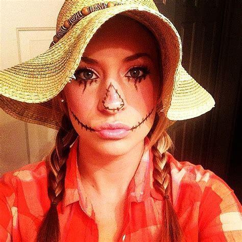 scarecrow  mind blowing diy halloween costumes