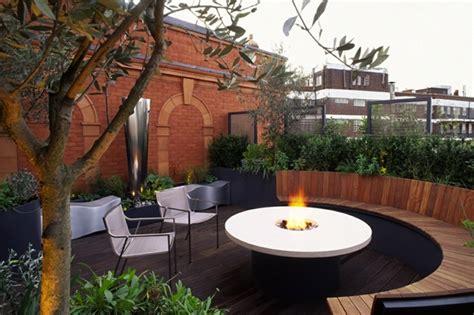 feuerstelle auf der terrasse 1001 terrassen ideen zum inspirieren und genie 223 en