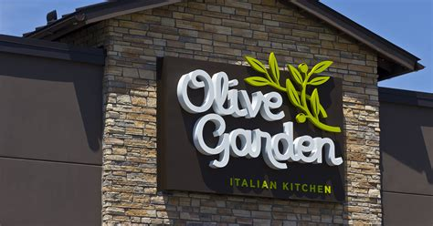 3 5 olive garden after a 5 3 rise in olive garden comps darden restaurants plans to escalate the talent war