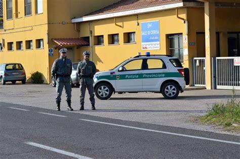 polizia stradale bagno di romagna targhe straniere la polizia provinciale vigila sulle auto