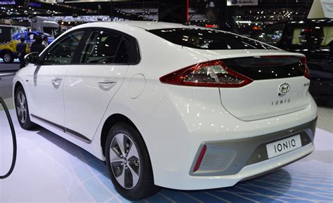 Hyundai Ioniq Electric 2020 by Hyundai Electric 2020 Future Model Review Car