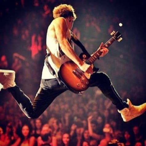 Did Stapp Jump Because He Got High by Nothing Beats Niall Horan S Relationship With His Guitar