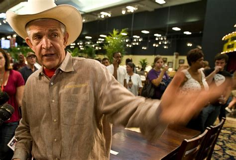 Mattress Mack Drugs by Mattress Mack To Lead Pearland Parade On Dec 2