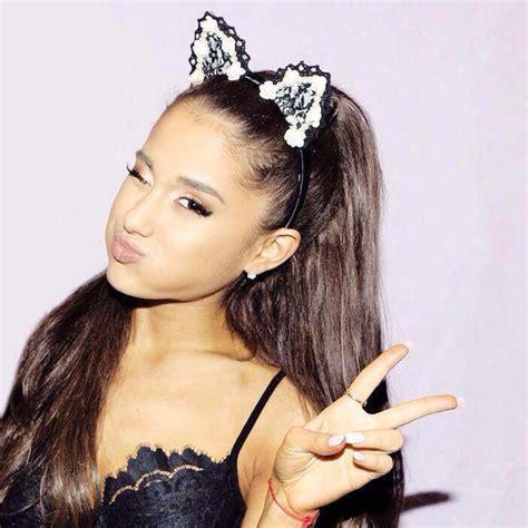 Why Ariana Grande Wears Cat Ears | ariana grande ears images usseek com
