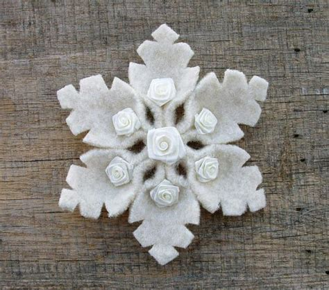 Handmade Ornaments Ideas - 22 felt crafts tree decorations