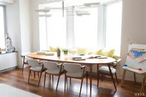Curved Upholstered Banquette by Furniture Photos Hgtv Upholstered Curved Dining Banquette